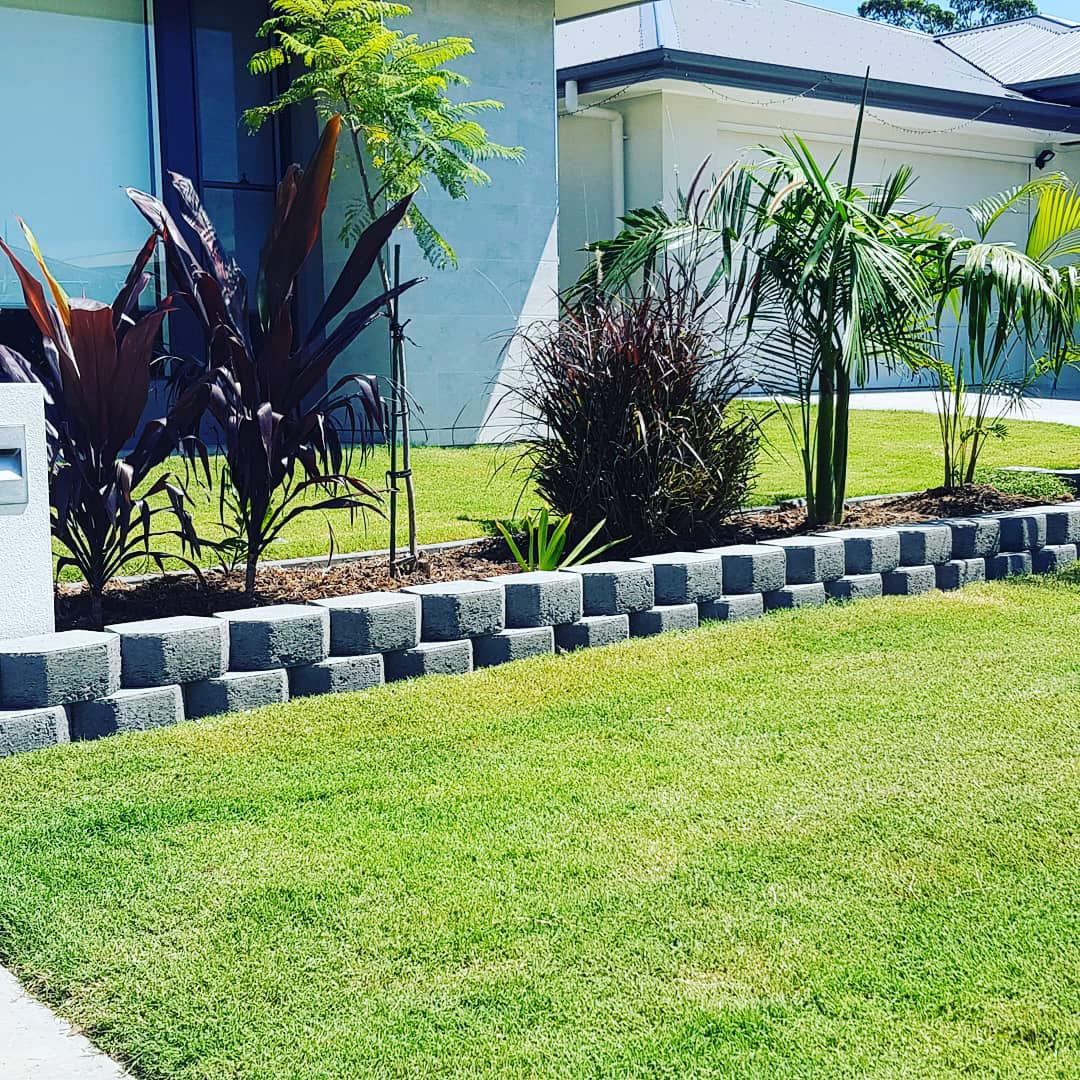 Garden bed border landscaping gold coast